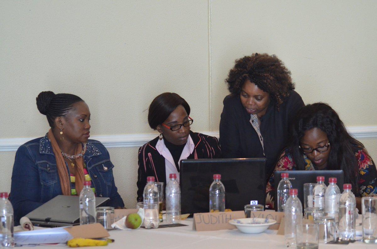 33 women journalists meet in Johannesburg for WIN's Media Management Training